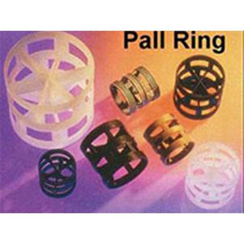Anéis Pall injetados em PP, aditivados para trabalho em temperaturas de até 200 °C.
